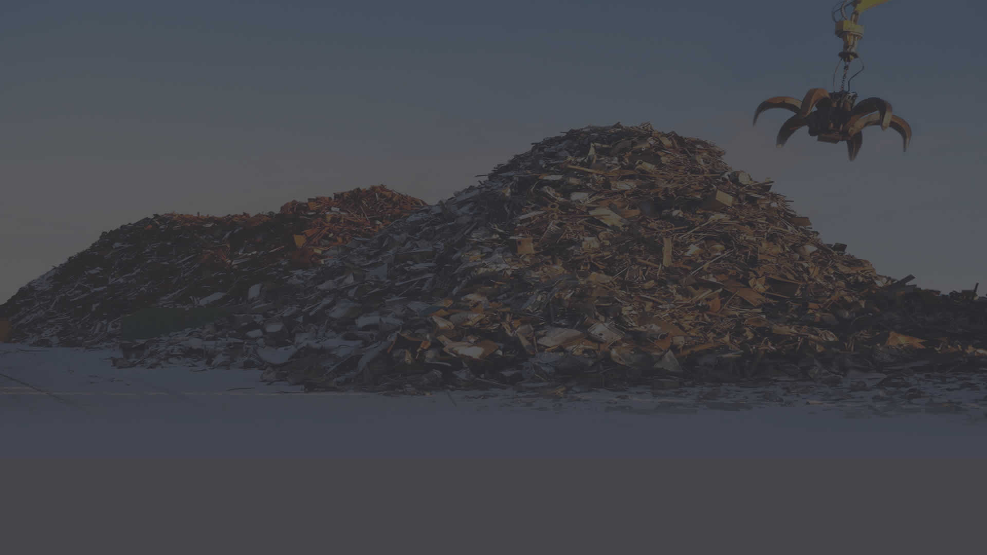 Smith & Son's Scrap Metal Slider3